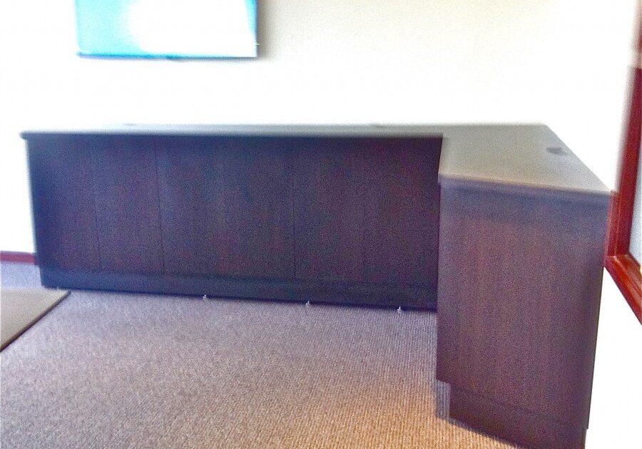 corner desk, office desk, custom desk, desk, work station, laminate counter tops,