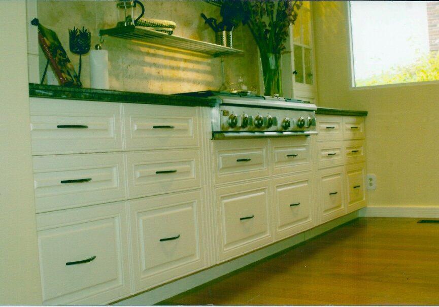 Custom Made Kitchen Cabinet,Custom Made Kitchen, MDF Kitchen, pantry drawers, kitchen drawers, kitchen storage
